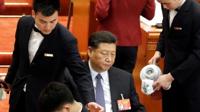 北京两会沉闷诡异