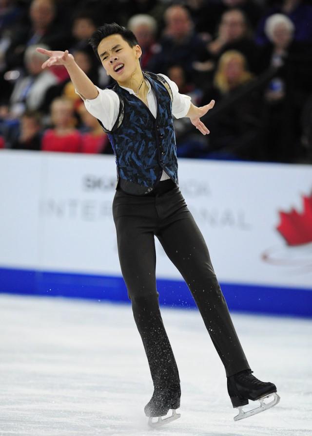加拿大亚裔花滑新星 本月出战日本世锦赛
