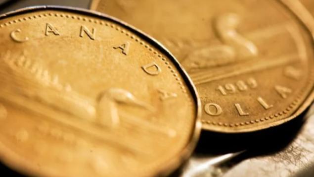 加元疲软:今年可能跌至0.71美元