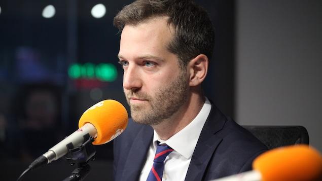 自由党议员解释为何对王州迪行事方式感到厌恶