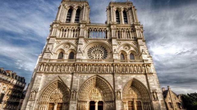 惋惜巴黎圣母院殇折与鄙夷那些幸灾乐祸的丑陋