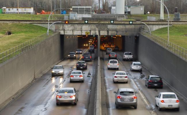 新民主党省政府成为马西隧道工程的最后抵抗
