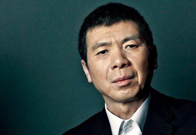华谊兄弟净利亏损12亿 冯小刚需赔近7000万
