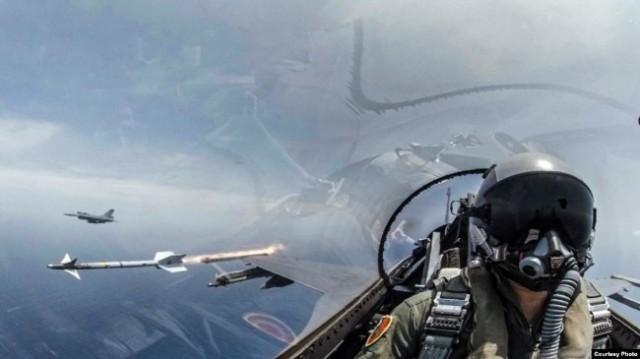 两岸关系紧张 台湾举行5年来最大规模海空操演