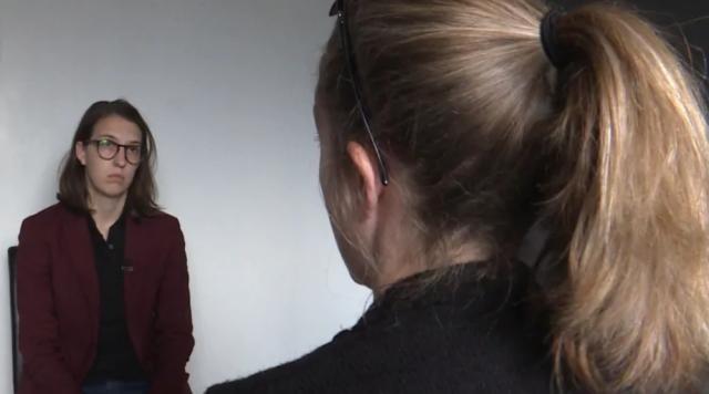 女子被同居男友监视9年 摄像头拍下全部隐私