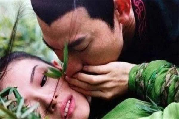 章子怡曾曝:和刘德华拍完吻戏恶心的吃不下饭