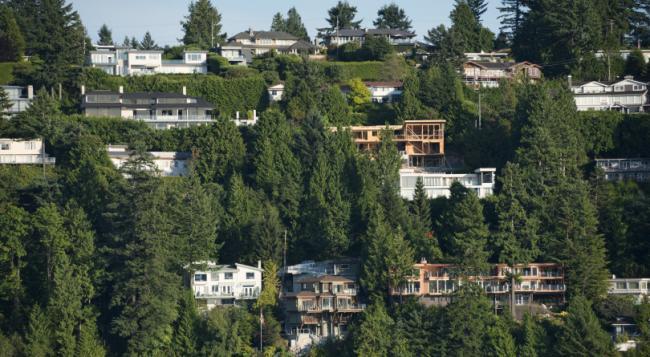 WEST-VANCOUVER-RICHEST-BEST-COMMUNITIES-810x445-1564602100.jpg
