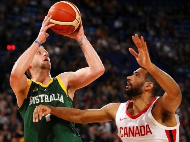 篮球世界杯热身赛 加拿大无NBA球员照样碾压澳洲