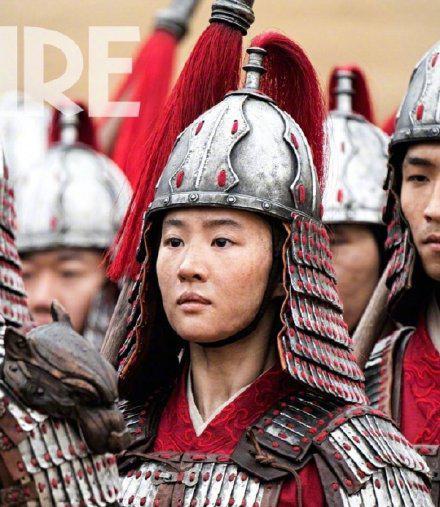 为角色拼了《花木兰》刘亦菲女扮男装剧照曝光