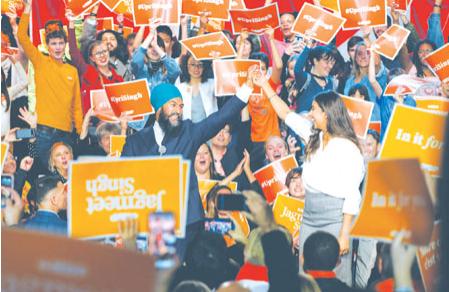 卑诗选票可左右选战大局 四党党领在大温最后冲刺